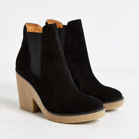Posey Gum-Sole Boot - Urban Outfitters