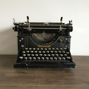 Antique Underwood Typewriter; 1915 Underwood No. 5 Standard Typewriter; Art Deco Typewriter; Glass Keys