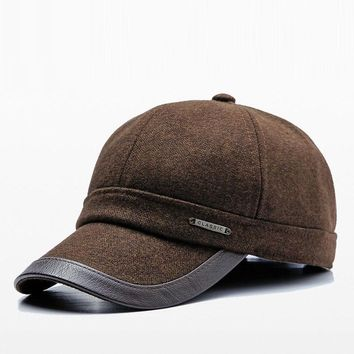 Trendy Winter Jacket Winter New Men's Baseball Cap Middle-aged Earmuffs Warm Dad Cap Outdoor Sport Casual Snapback Hat Leather Edging Gift For Father AT_92_12