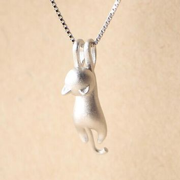 Silver Color Hanging Cat Necklace for  Women Minimalist Animal Kitty Necklaces for Her Party Gift SYXL004