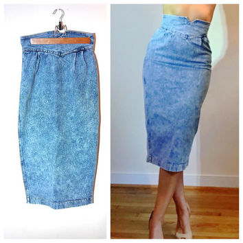1980s Jean Skirt Ultra High Waist Form Fitting Back Slit Acid Wash Denim Skirt by Zena size 6/8