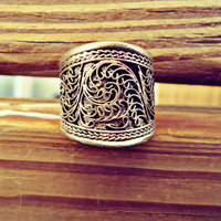 FREE Shipping  Vintage Big Adjustable Tibetan Silver Lotus Filigree Amulet Ring- Tibetan Mantra Ring- Buddhist jewelry- Tribal ethnic Rings