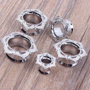 ac PEAPO2Q Fashion 2pcs Antique Brass Rose Flower of Sharon Ear Plugs Flesh Tunnel Silver Double Flared Gauges Body Piercing Jewelry 8-18mm
