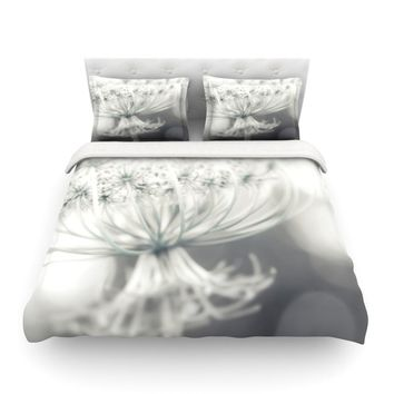 "Debbra Obertanec ""Queen"" White Flower Featherweight Duvet Cover - Outlet Item"