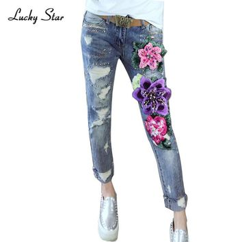 3D Embroidery Jeans Women Fashion Denim Embroidered Flowers Embroidery Scratched Jeans Woman Skinny Beading Pencil Pants A150