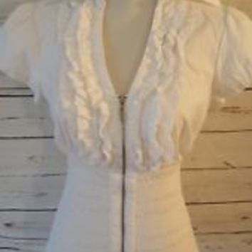 Inc. International Concepts Top V-Neck Ruffled White Open Bloom size 4 S Small