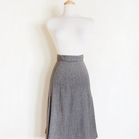 1950s grey skirt / 1950s wool skirt / tweed skirt / herringbone skirt