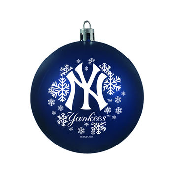 New York Yankees Ornament - Shatterproof Ball