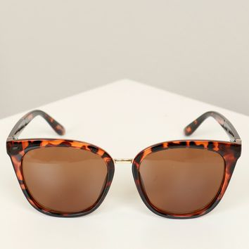 Round Tortoise Sunglasses Brown