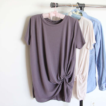 Sweet Knot Tee in Gray