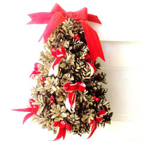 Rustic Christmas Holiday  Door Wreath. Vintage Pine Cone Christmas Tree. Home Decor ornamental Wreath