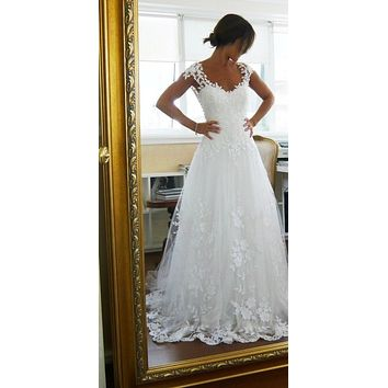 High Quality Cheap Elegant A-Line V Neck Cap Sleeve Sweep Train Tulle Wedding Dress Open Back Appliques Lace Bride Dress