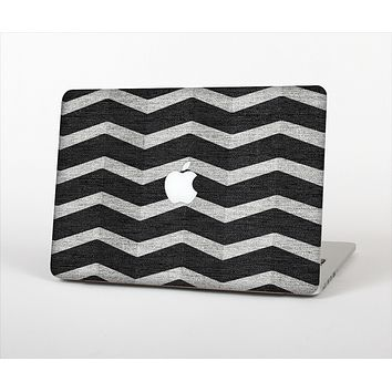 "The Wide Black and Light Gray Chevron Pattern V3 Skin Set for the Apple MacBook Pro 13"" with Retina Display"