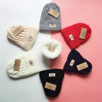 UGG Knit And Pom Hat Cap-4