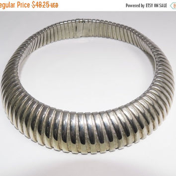 Back to School Sale Silver Chunky Cleopatra Collar Choker Necklace, Wide Retro Necklace, Statement Runway, Vintage Jewelry, Fashion