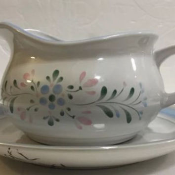 Fascino Yamaka Gravy Boat Set Japan Stoneware Blue Green Bands Pink Blue Flowers