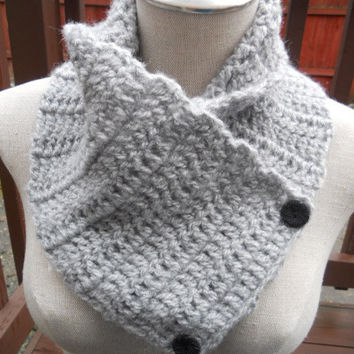 SALE ENDS OCT 1st!!!  Crochet Cowl in Silver Grey, neckwarmer, scarf with buttons. Womens Accessory Winter Fashion