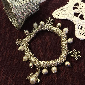 Christmas Bracelet Vintage Silver Snowman Snowflake Faux Pearl Holiday Charm Bracelet Winter Theme Jewelry Gift For Her Silver Tone Stretch