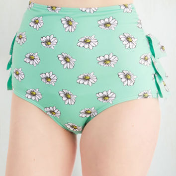 ModCloth Vintage Inspired High Waist Vacation Daisies Swimsuit Bottom in Mint
