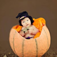 Baby witches hat photo prop, Haloween dress up available in newborn-12 months.