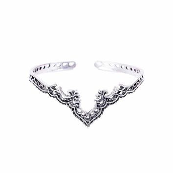 Retro Plated Silver Jewelry Bohemian Opening Hollow Pattern Lace Backwards Crown Bracelet Bangles For Women