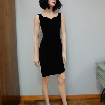 Vintage 80s Little Black Dress, LBD Velvet Body Con, Cocktail Party Dress Size Medium Karen Lucas for NIKI