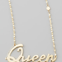 14k Gold Queen Script Pendant Necklace