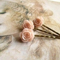 Bobby Pins Set with Light Pink Roses by MUGE on Etsy