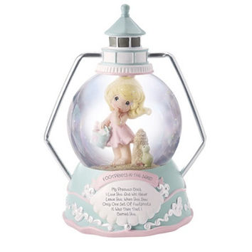 Precious Moments Footprints in the Sand Girl Musical Water Globe
