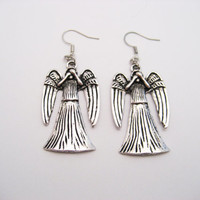 Weeping Angel Earrings Doctor Who Earrings Angel Earrings  Whovian Gifts Under 20 Doctor Who Jewelry Weeping Angel Jewelry
