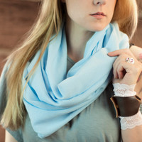 Light Blue Gauze Infinity Scarf, Lightweight 100% Cotton Scarf, Pastel Soft Scarf, Spring Accessory Women, Circle Scarf, Ladies Scarves