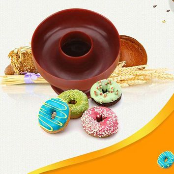 DCCKFS2 New Style Plastic DIY Donut Maker Cutter Mold Fondant Cake Bread Desserts Bakery Mould Baking Tools Kitchen Accessories