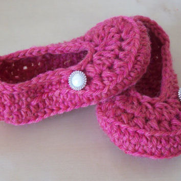 crochet baby girl booties, baby girl clothing