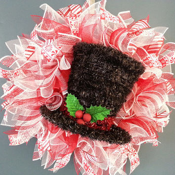 Christmas Red and White Deco Mesh Wreath with Black Tinsel Top Hat