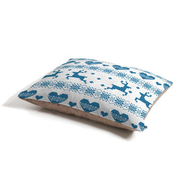 Natt Knitting Blue Deer With Hearts Pet Bed