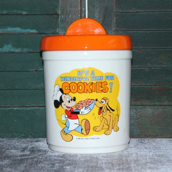 Mickey Mouse and Pluto Disney cookie jar, kitchen storage, kitchen canister, vintage kitchen