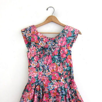 vintage 80s colorful flirty floral dress. 1980s's mini party dress with crinoline skirt