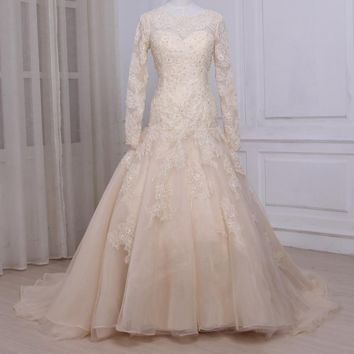 Champagne Wedding Dresses O Neck Long Sleeves Lace Wedding Gowns Bead Sequined Applique