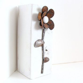 Upcycled Rustic Metal Art Flower White Wood Block Industrial Home Cottage Beach French Country Table Top Accent
