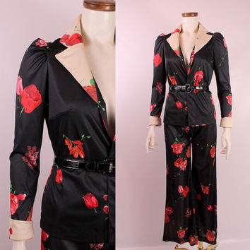 Vintage 70s - Two Toned Black & White - Red Rose Floral - Ruched Puffy Shoulder Double Breasted Top - Belled Pants Suit Set - Disco Glam