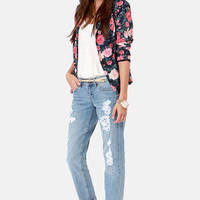 Dittos Sari Light Wash Straight Leg Destroyed Boyfriend Jeans