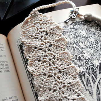 Crochet bookmark, ecru with a long tassel and charms