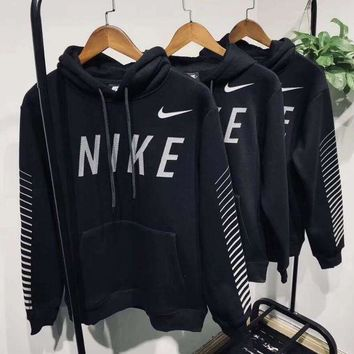 Nike Hooded Fashion Black Pullover Top Sweatshirt Sweater