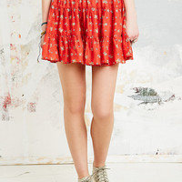 Kimchi Blue Felina Tiered Skirt in Red - Urban Outfitters