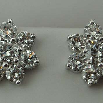 White Gold 5 Carats G VS1 round diamond stud earrings brand new