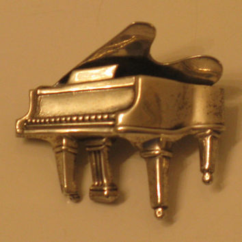 Vintage 1950s BEAU Sterling Grand Piano Brooch/Pin (B-3-5)