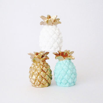 Pineapple, Pineapple Sculpture, Pineapple Decor, Gold Pineapple, Tropical Decor, Pineapples, Pineapple Figurine, Fruit, Hodi Home Decor