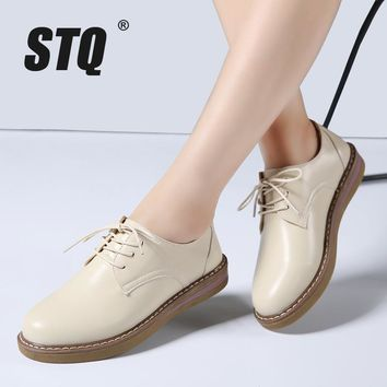 STQ 2018 Spring women oxfords shoes flats shoes women PU leather lace up flat heel rubber boat shoes round toe moccasins 8516