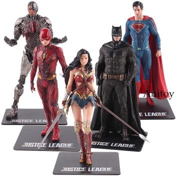 Batman Dark Knight gift Christmas DC Justice League The Flash Cyborg Aquaman Wonder Woman Batman Superman Statue ARTFX Action Figures Collection Model Toy 17-18cm AT_71_6