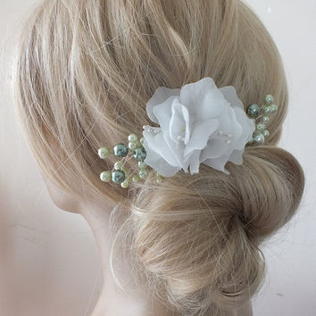 Bridal green ivory floral hair comb Hairpiece mint green Beaded floral wedding hair piece bride hair comb